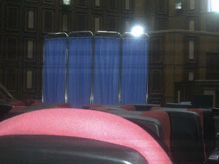 curtain incourt