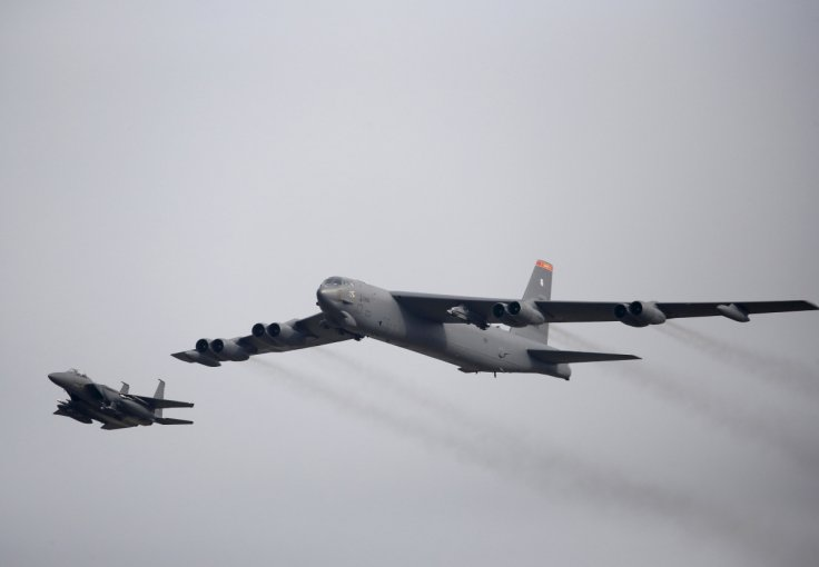 US b52-stratofortress-bomber