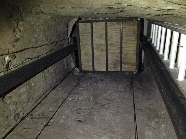 APTOPIX Border Tunnel
