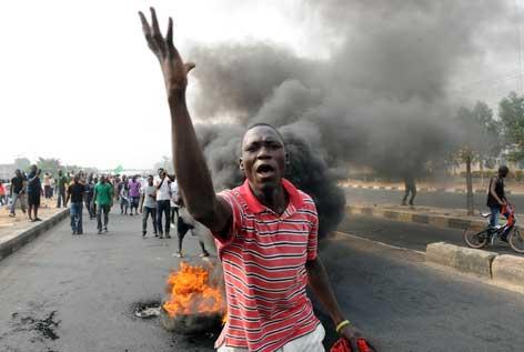Nigeria_Chaos_2