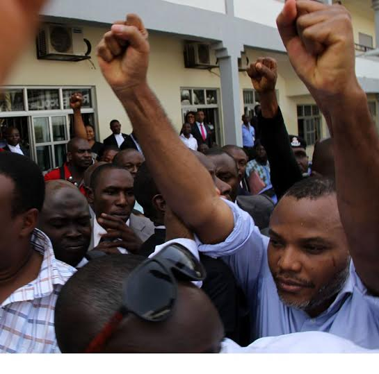 Nnamdi-Kanu raised hands