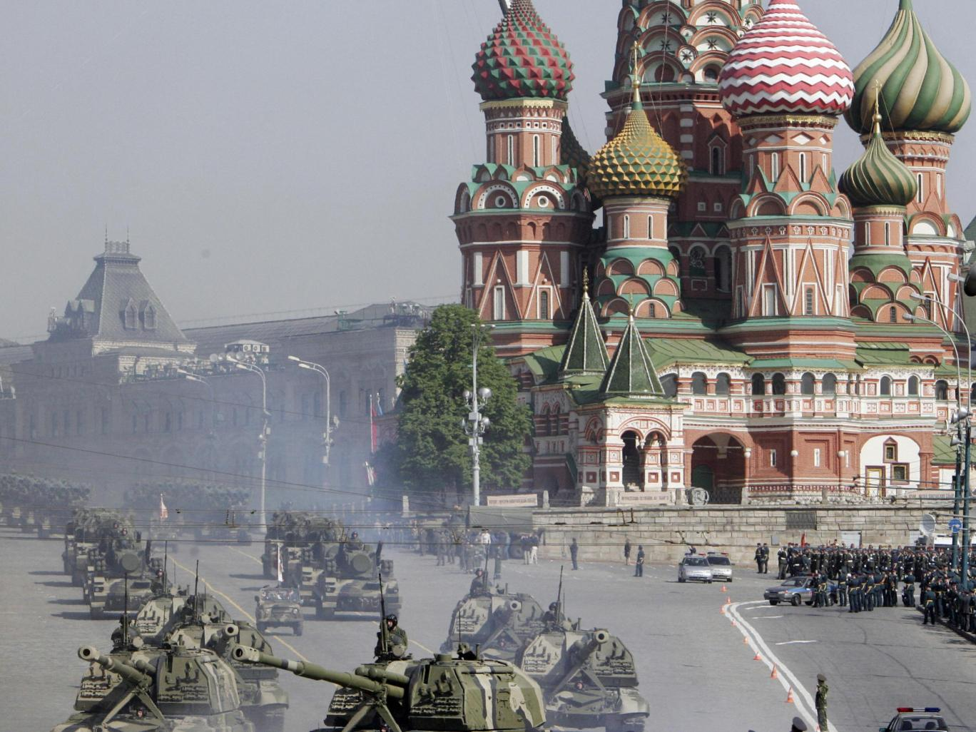 russian-tanks-red-square.jpg